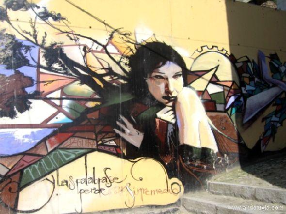 Grafiti en una calle granaina